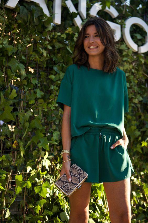 ropa-salir-noche-mujer-short-verde.jpg
