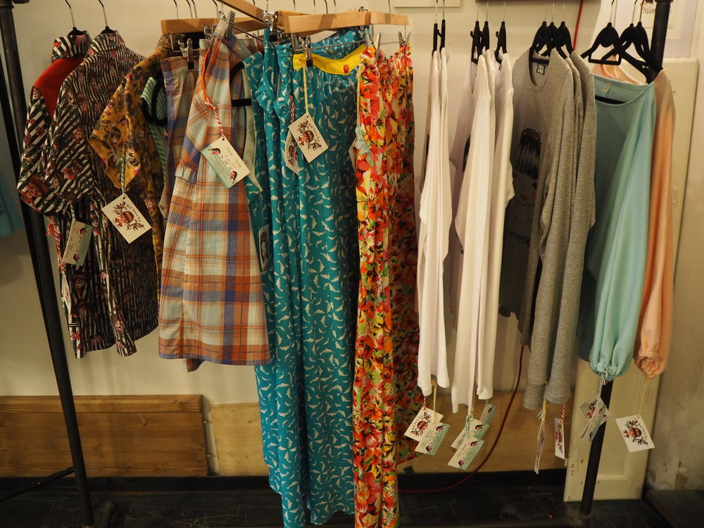 tiendas-ropa-madrid-originales-moda-laantigua.JPG
