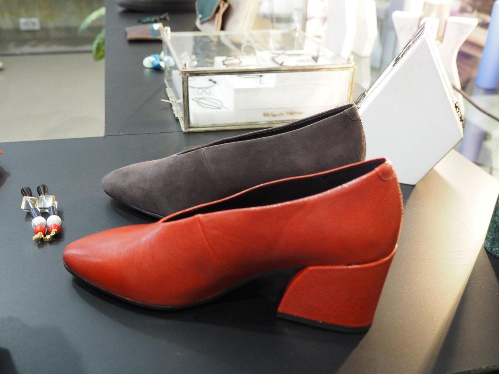 tiendas-ropa-madrid-originles-rughara-zapatos.JPG
