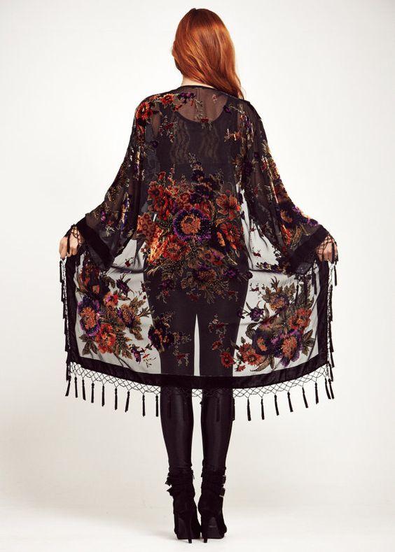 kimono-flecos-elegante.jpg