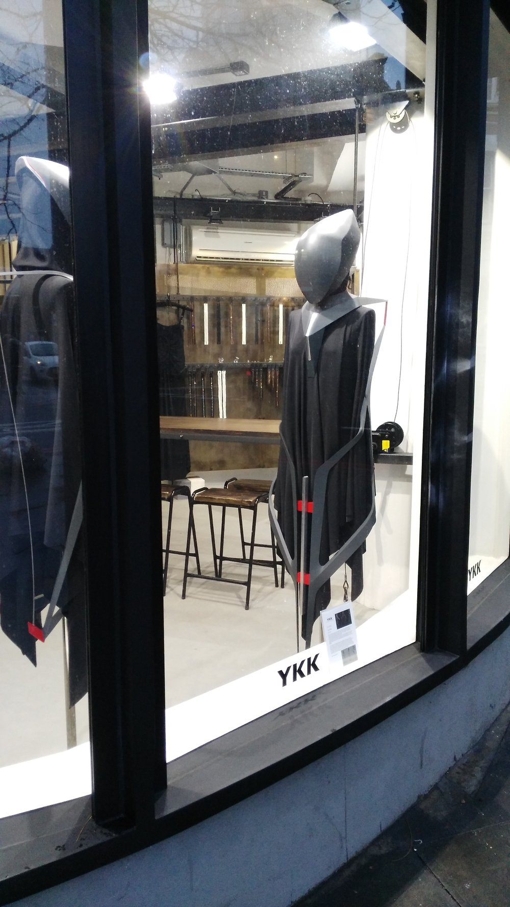 ykk-london-showroom-yang-wang-moda-china.jpg