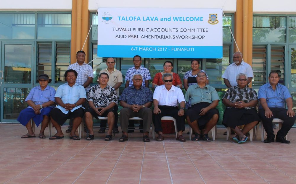 Photo Above : Members of Parliament including Public Accounts Committee Members and workshop facilitators from PASAI and Tuvalu Office of the Auditor-General.