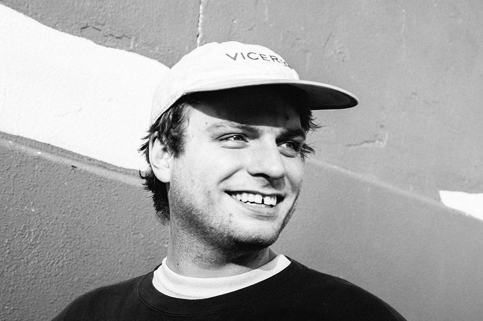 2015MacDeMarco_Press_ColeyBrown220415-3.jpg