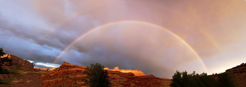 RainbowPano1-small.jpg