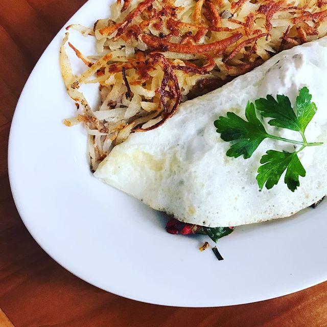 Healthy #omelette with free range eggs 🍳🤗 - -  #littleitalysandiego #littleitalysd #breakfast #breakfasttime #breakfastporn #breakfastgoals #rockandrollmarathon