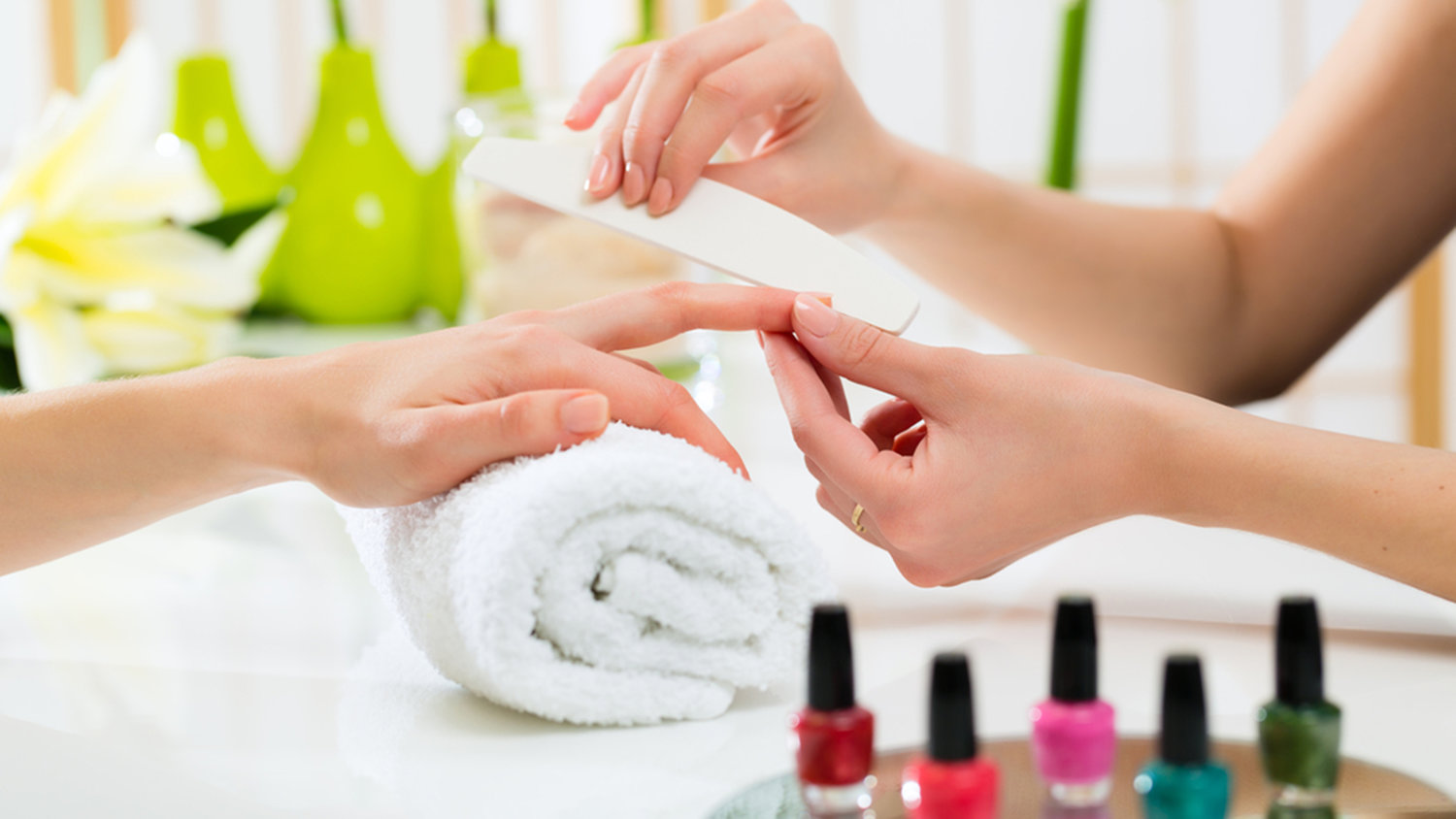 Luxi Nails & Spa