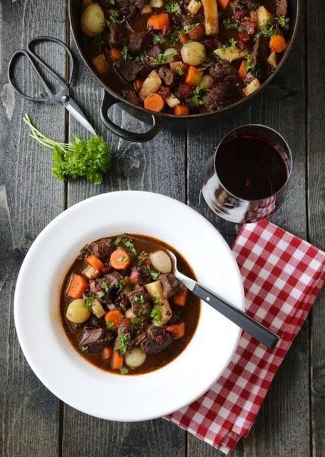 法國代表:紅酒燉牛肉Boeuf Bourguignon2.jpg