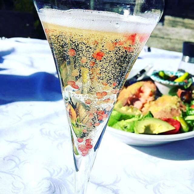 - Finger Lime Champagne