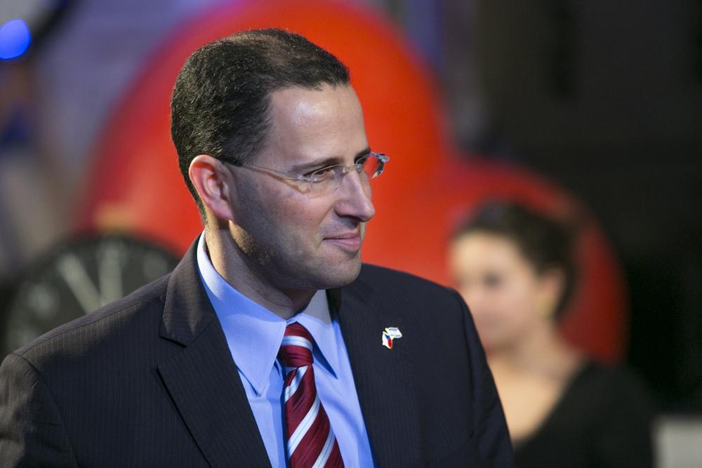 Zástupce velvyslanectví státu Izrael Eran Yuvan