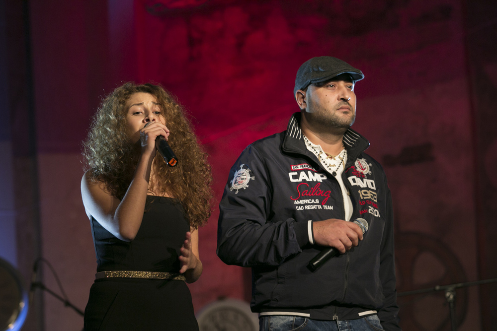 Natálie a Marek Bagárovi s písní Es Em Horinel
