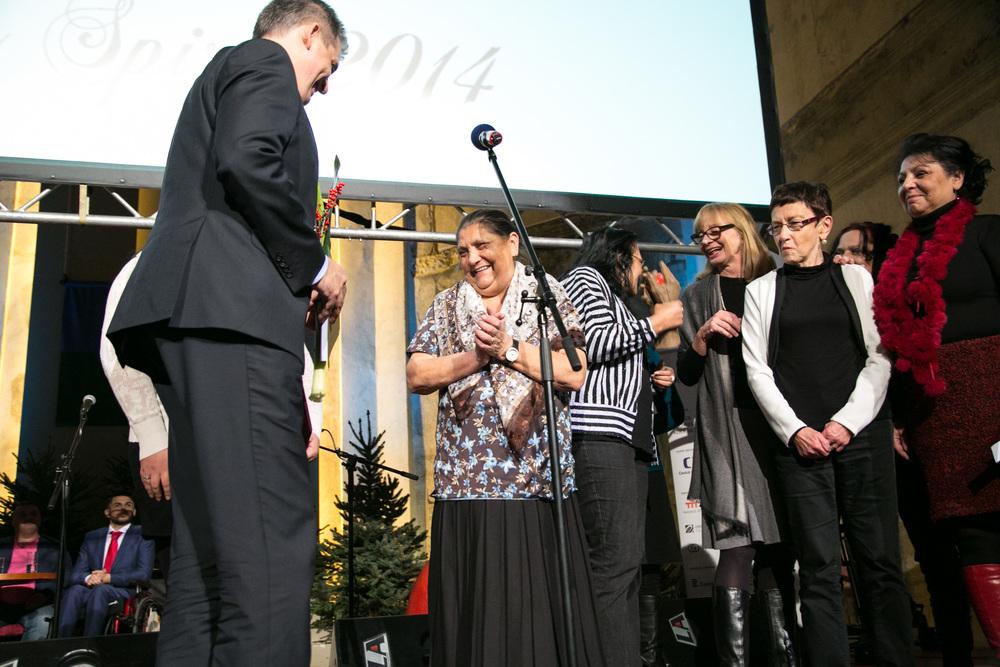 Sdružení Slovo 21 bylo oceněno v kategorii Nezisková organizace za svůj projekt ženských skupin Manushe, který jako jediný v ČR pracuje s Romkami.
