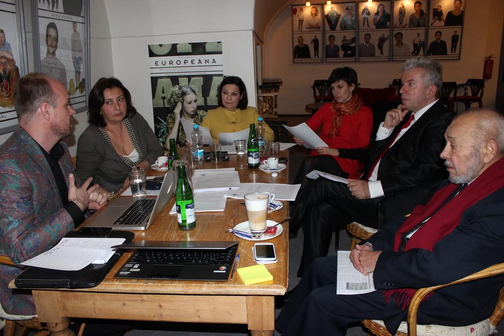 Jednání a hodnocení nominovaných Hlavní porotou dne 10. 12. 2014
