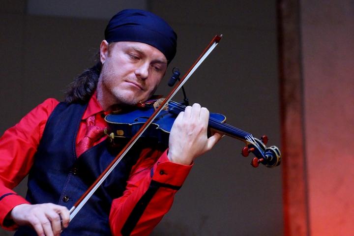 Pavel Šporcl hrál s kapelou Gypsy Way