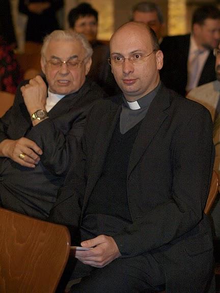 Hosté: kardinál Miloslav Vlk.