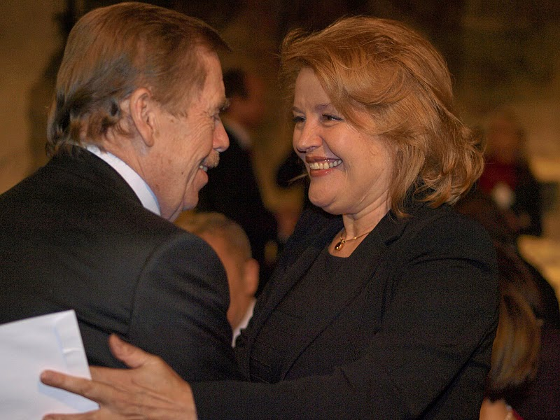Václav Havel, prezident, Magdaléna Vášáryová, diplomatka a členka hlavní poroty.