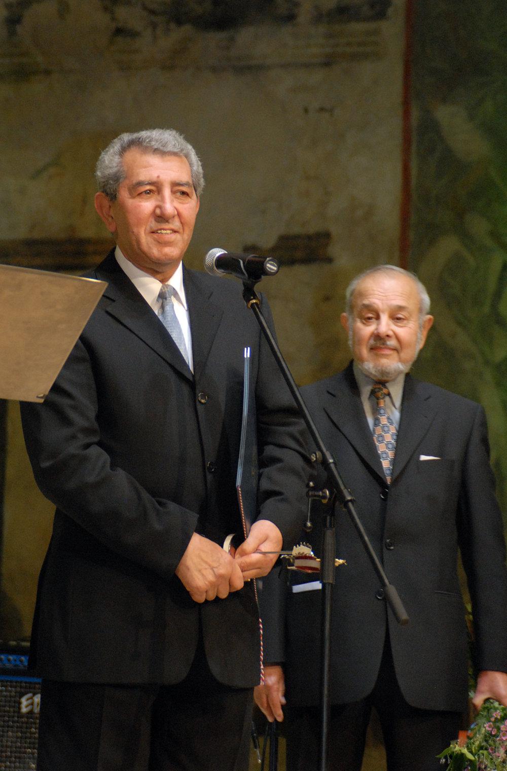 Ladislav Goral převzal cenu Gypsy Spirit v kategorii Jednotlivec, který dlouhodobě svou prací přispívá ke zlepšení postavení Romů.