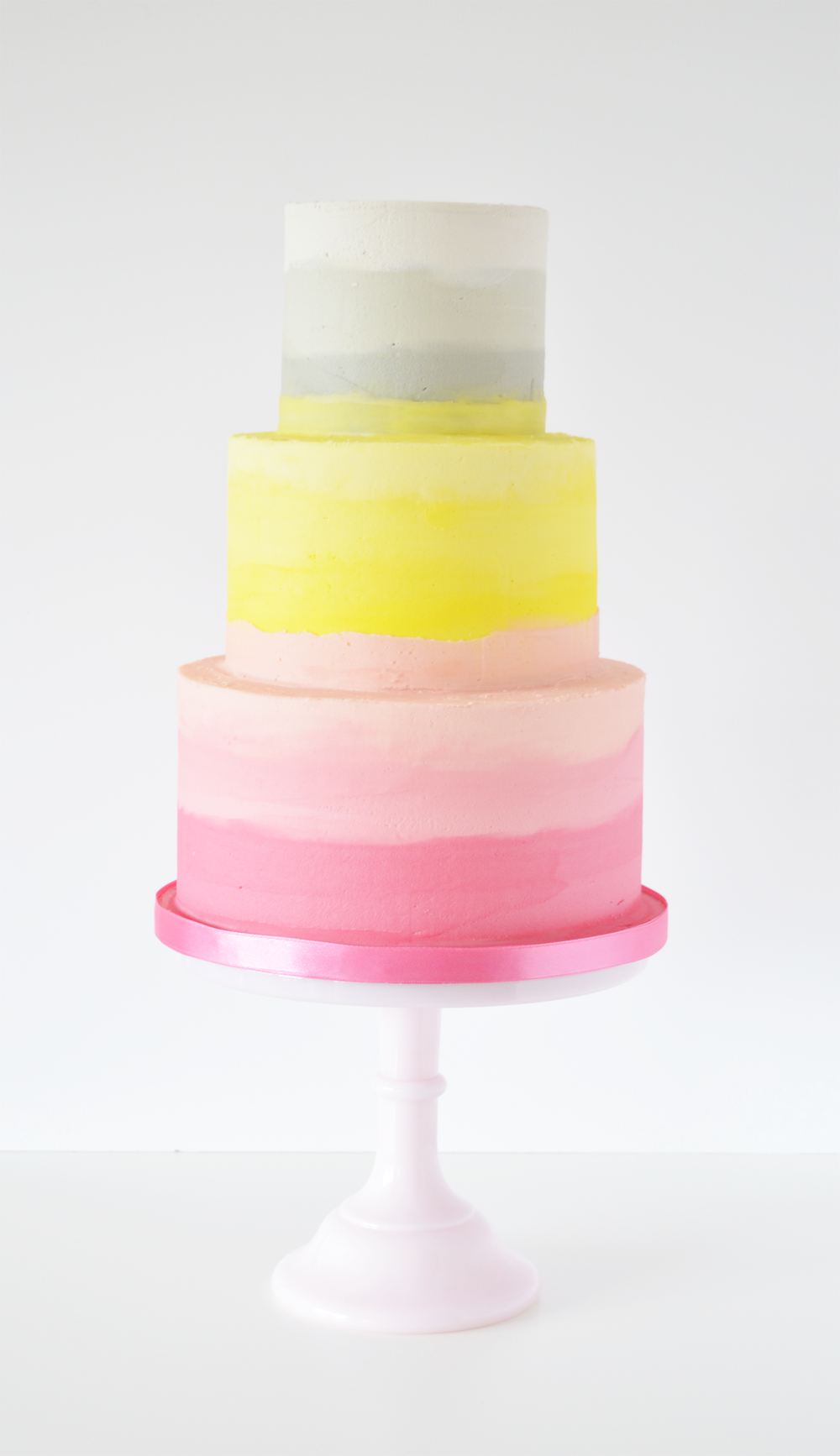 buttercream-ombre-wedding-cake.png