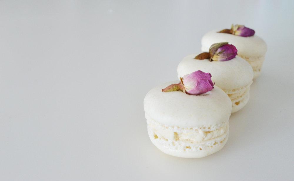 rose macaron.jpg