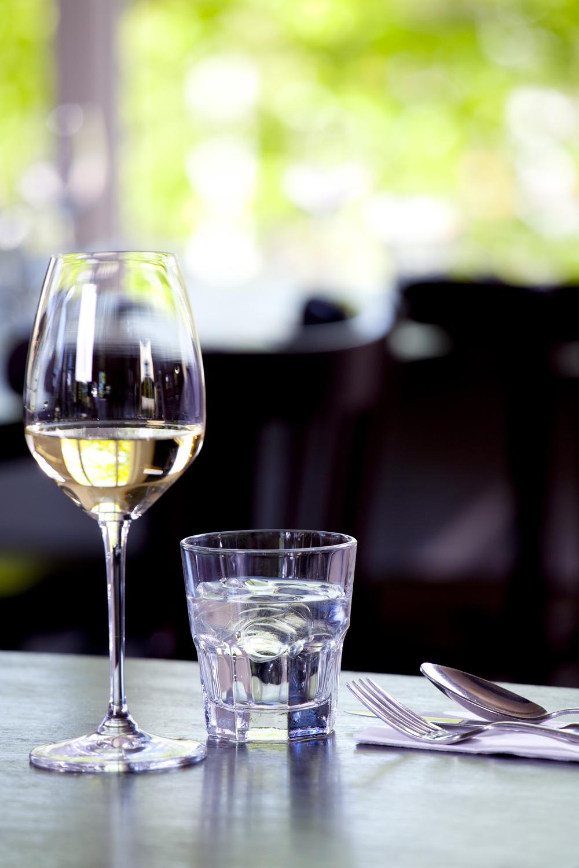 5 sfeer wine & water side view.jpg