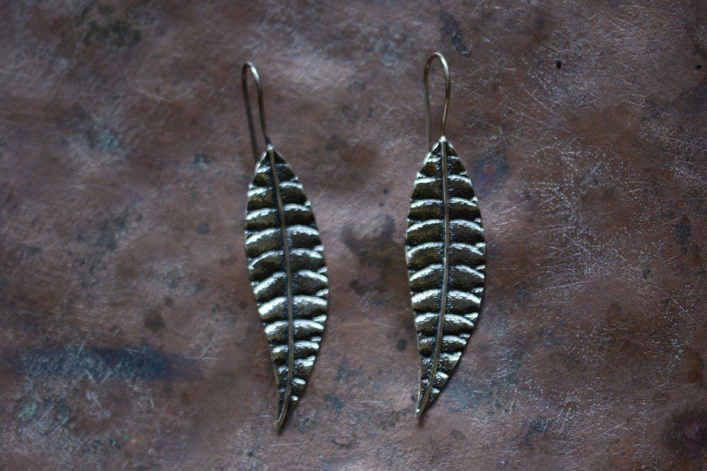 Silver leaf earrings . Length 6cm.