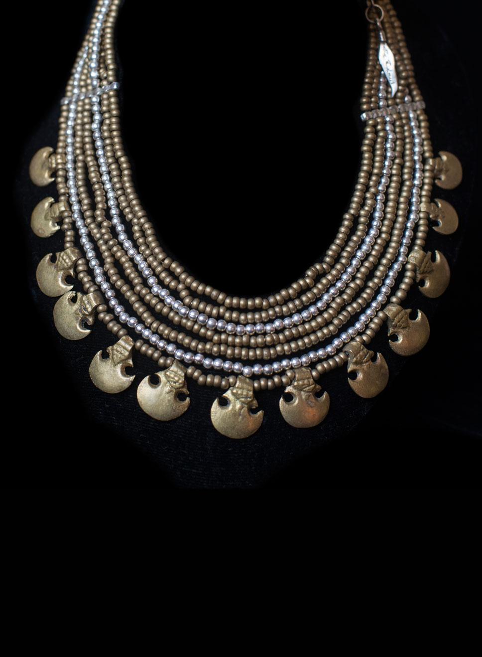 Choker with fertility Yemeni pendants. Brass & silver beads.