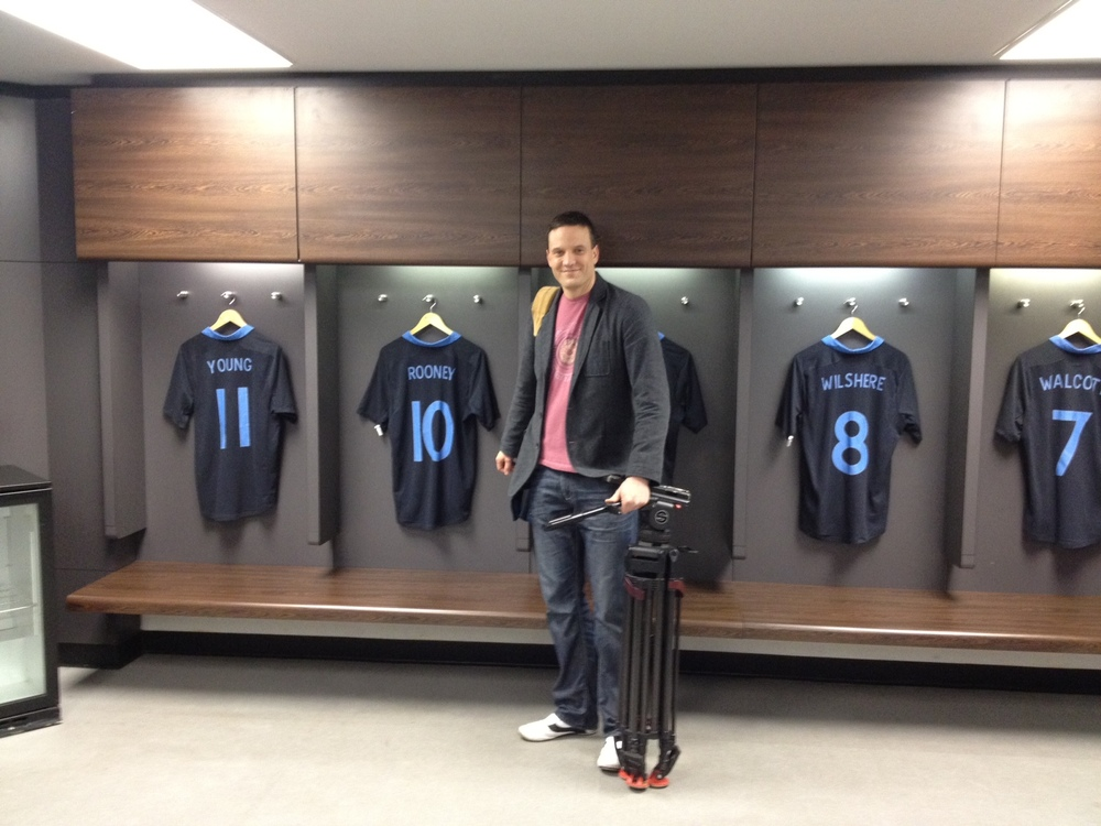 England dressing room- 2nd March 2012.JPG