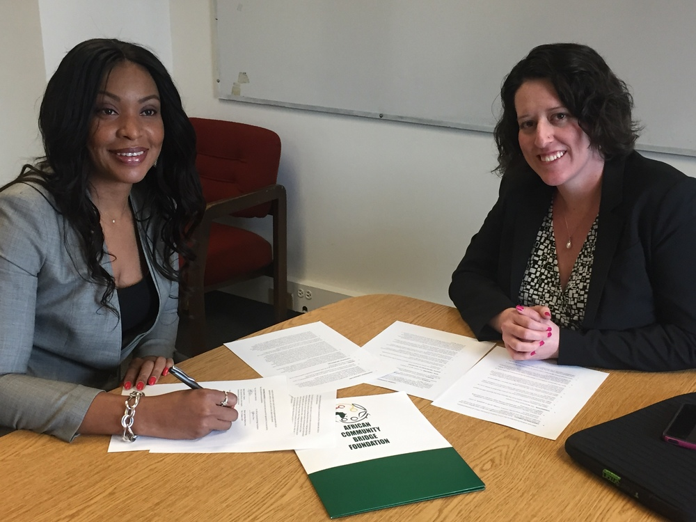 GvG-Africa and ACBF President Oge Nwosu-Irono and JHU Bloomberg School of Public Health Professor Michelle Kaufman, PhD signing the GvG-Africa teaming agreement