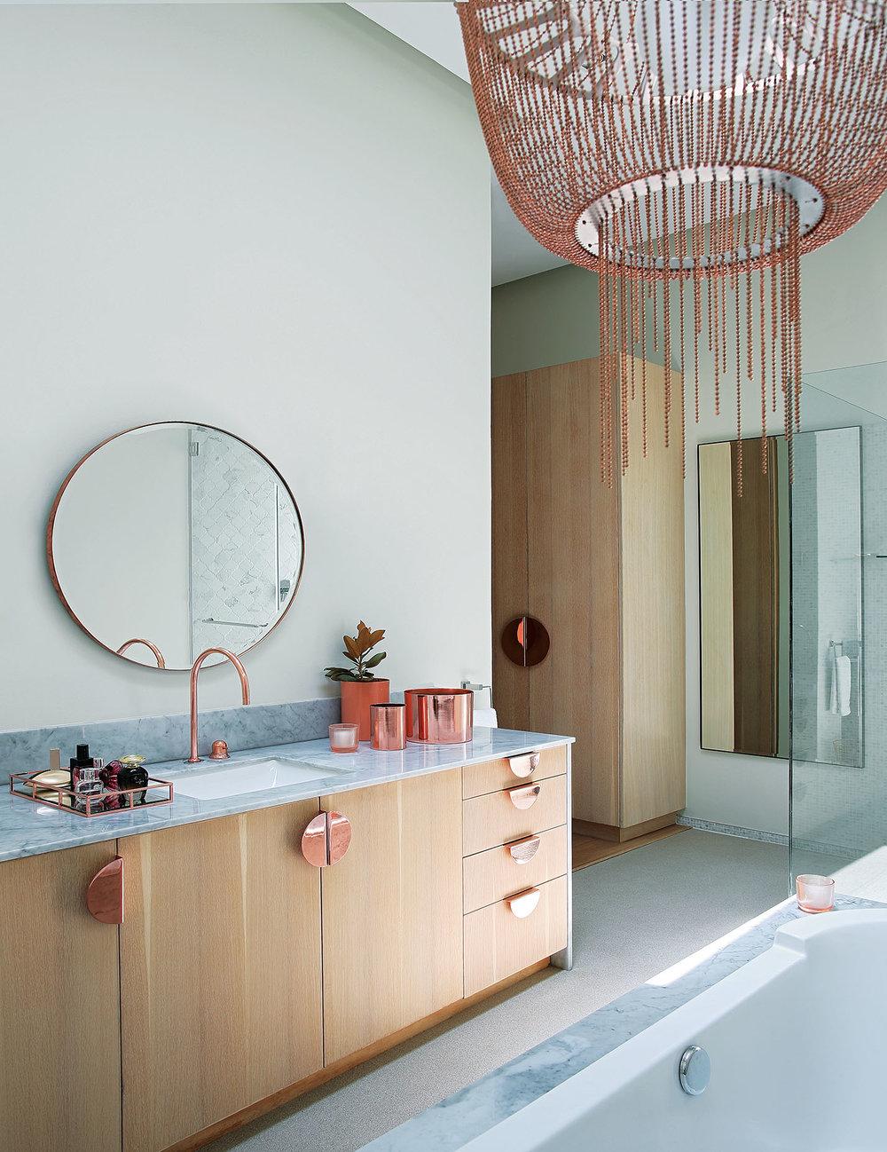 shahanah_bathroom2_2.jpg