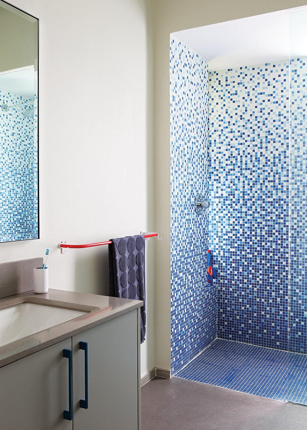 shahanah_bathroom3.jpg