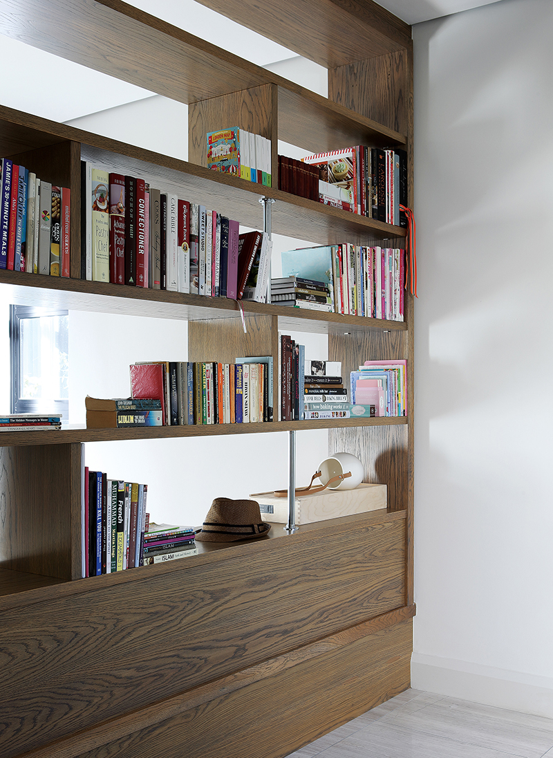 hg_bookcase.jpg