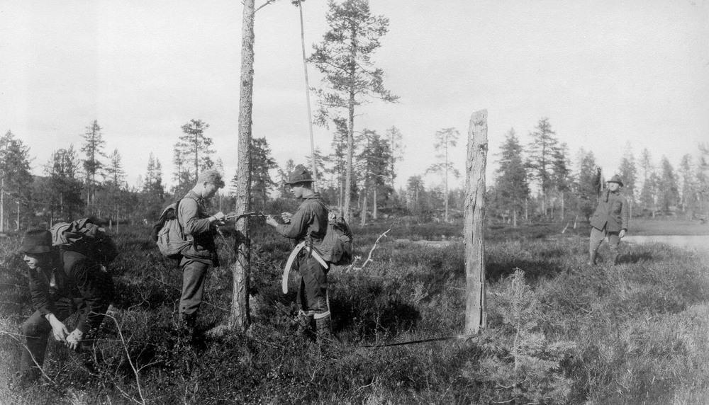 Stående volum kan følges helt tilbake til 1920-tallet. Her fra skogtaksering en gang på 1920-tallet. Foto utlånt av G. Vigerust.