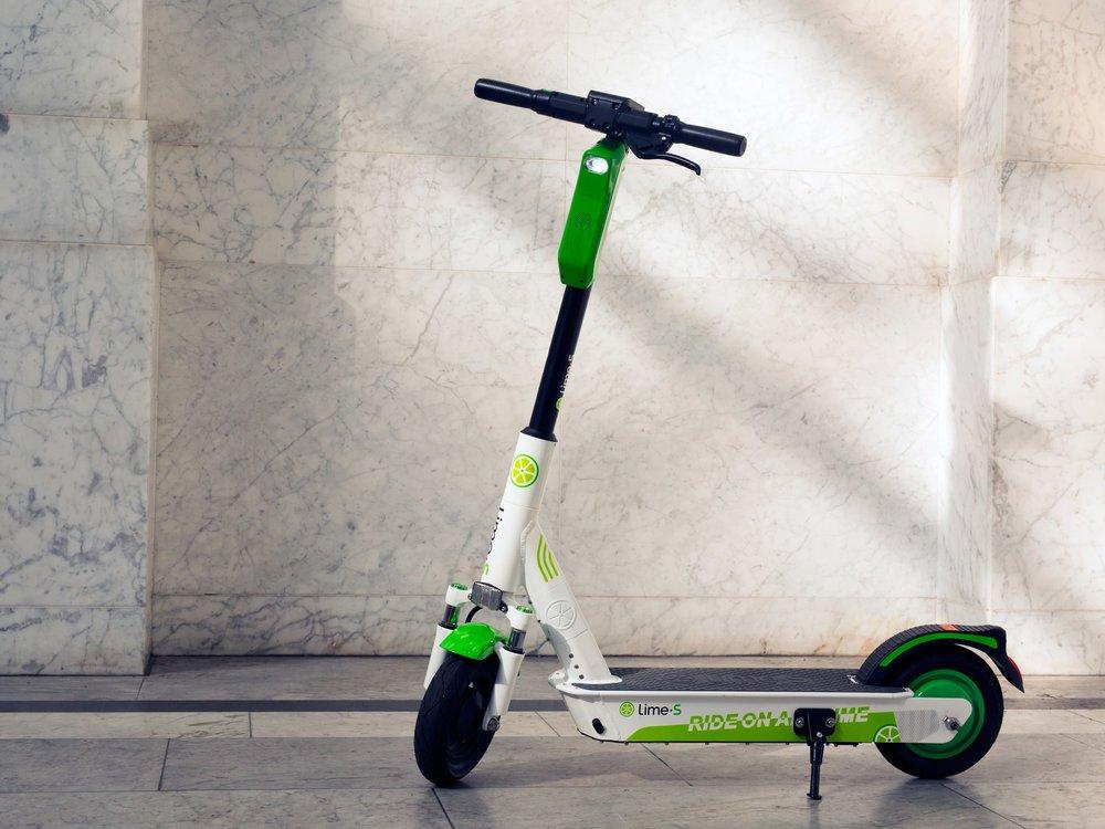 Lime-Scooter-TOP-ART-GG3A1018.jpg