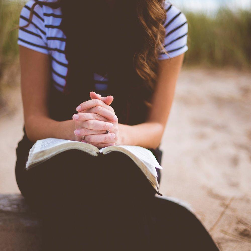 Gebet_Frau_unsplash.jpg