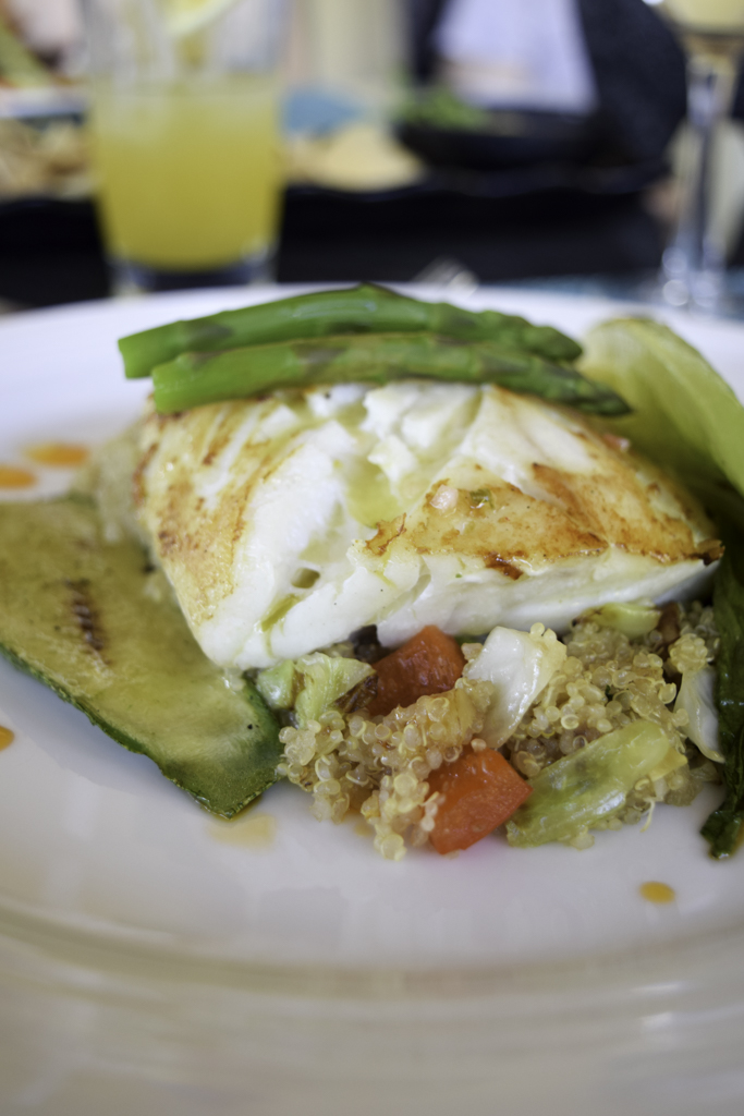 Halibut with Quinoa, zuchinni and asparagus