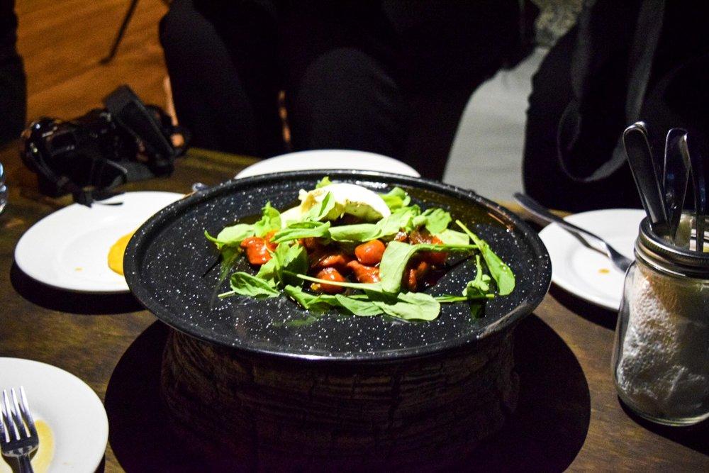 Caprese Salad | Cuatro Cuatros