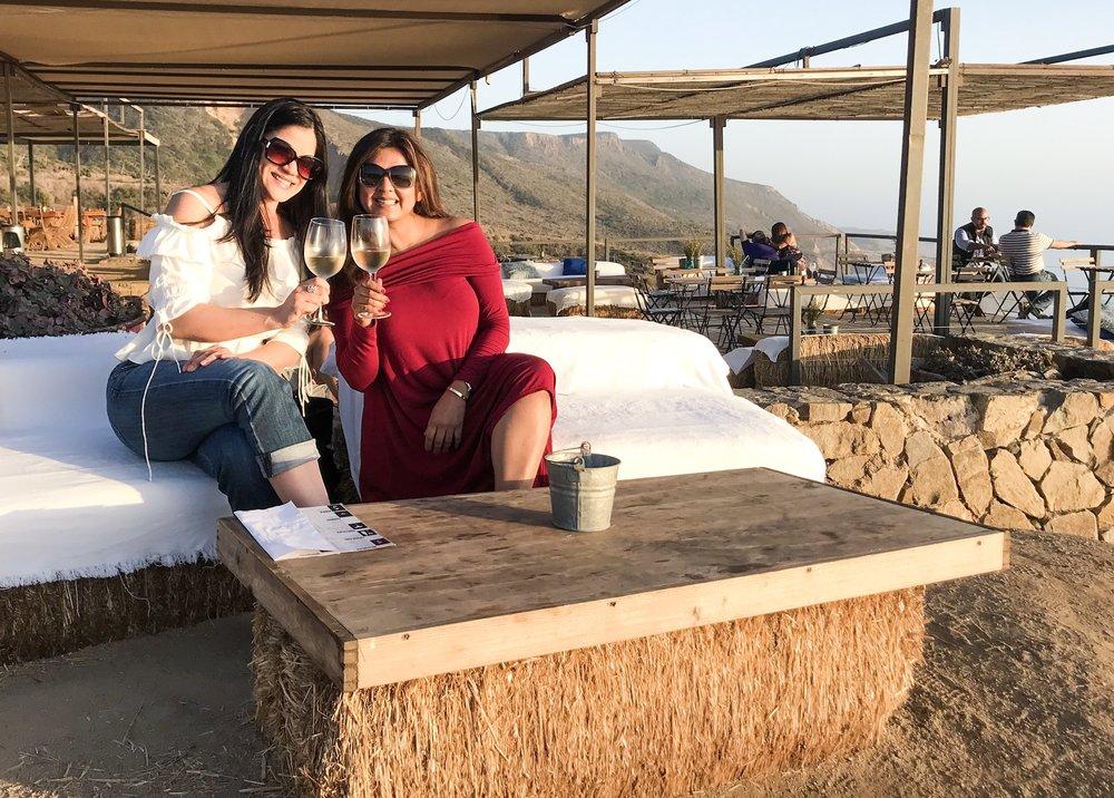 Cuatro Cuatros | Rupal Shankar and Erika Beach