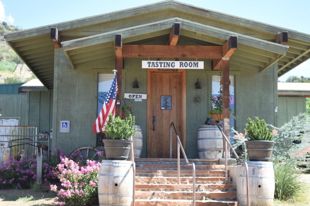 Cottonwood Wineries | Arizona | Javelina Leap