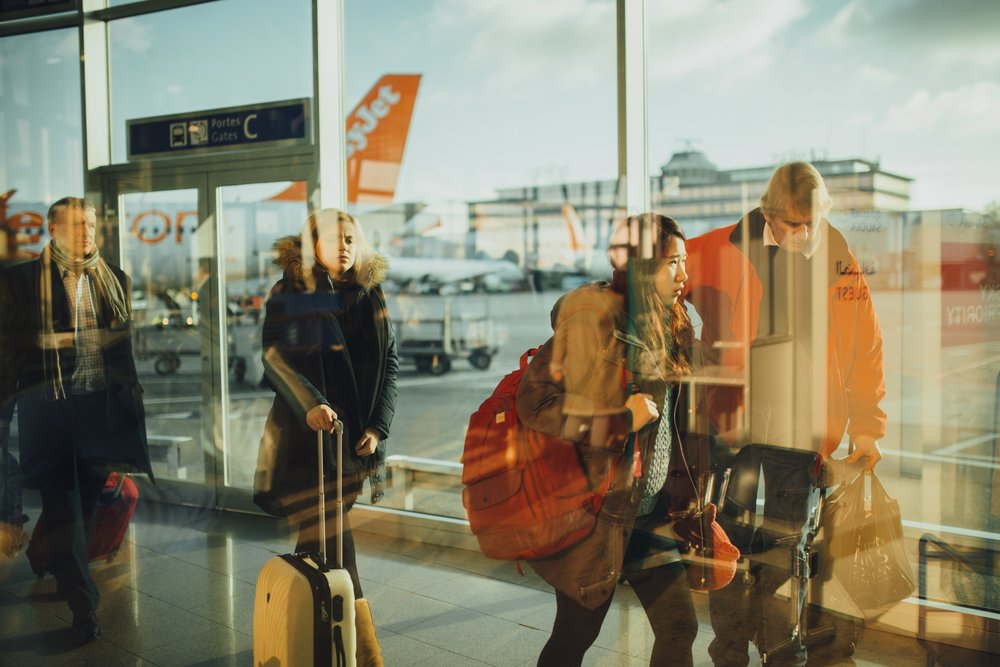 aiport-bag-check-staying-healthy-travel