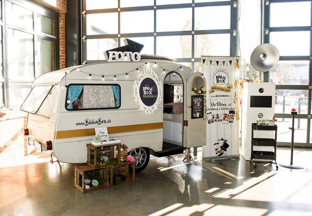 Caravan-Bäämely-kl.jpg