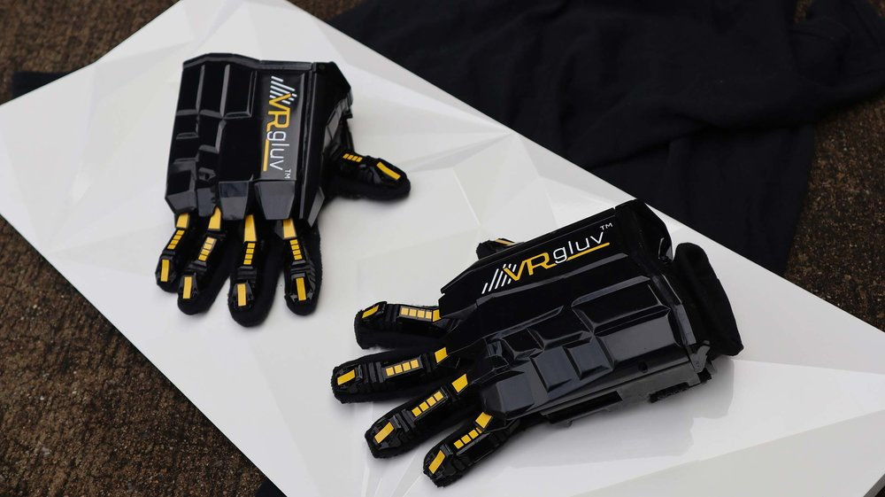 VRgluv Force Feedback Gloves for Virtual Reality