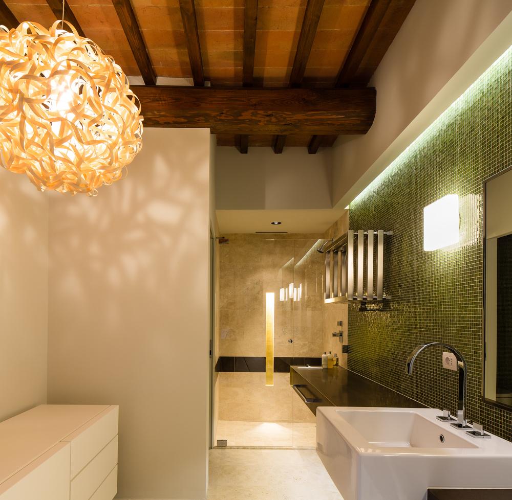 Bath3_05.jpg