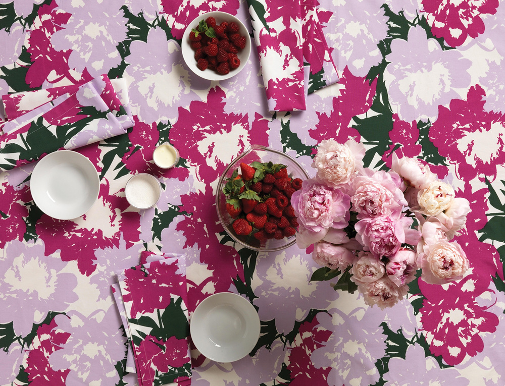 Lush_tablecloth_orchid_overhd.jpg