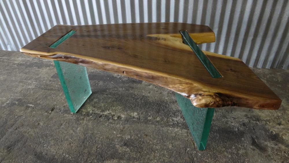 Neizer Bench (Glass Leg) Dec 2012 (20).JPG