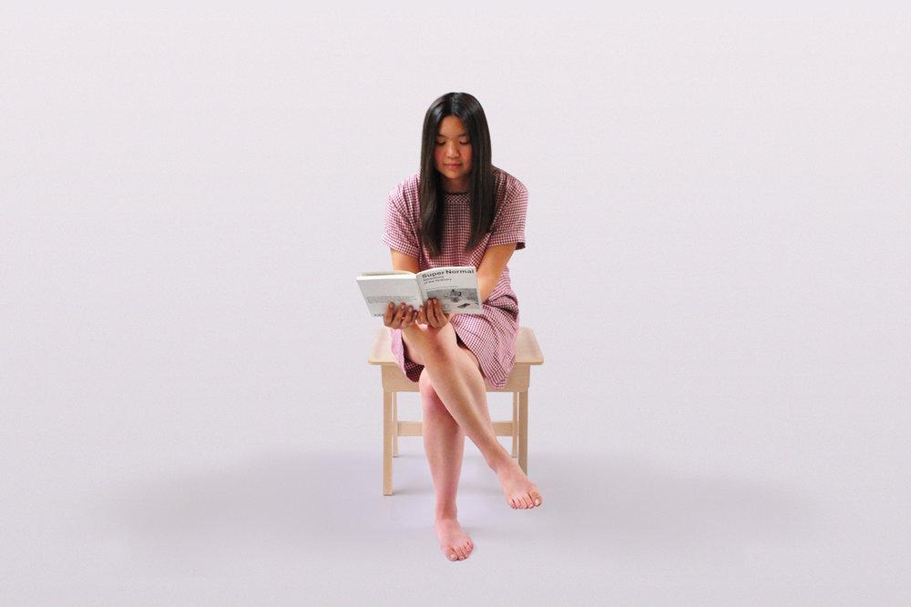 Flow Tablestool - Reading 2.jpg