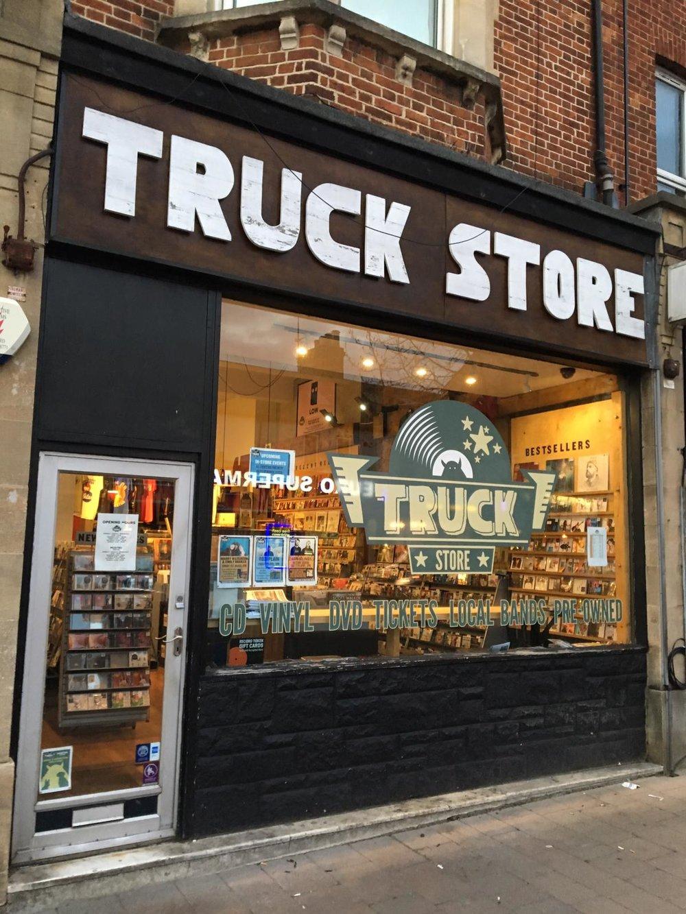 Truck - Oxford -