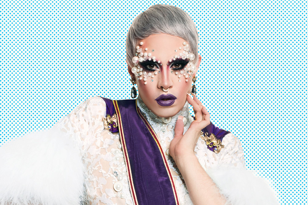 Slay-Belles-Holiday-Drag-Show-with-PhiPhiOHara