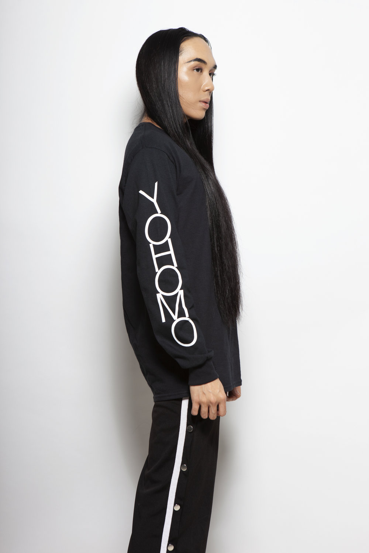 yohomo one sleeve tee black D1.jpg