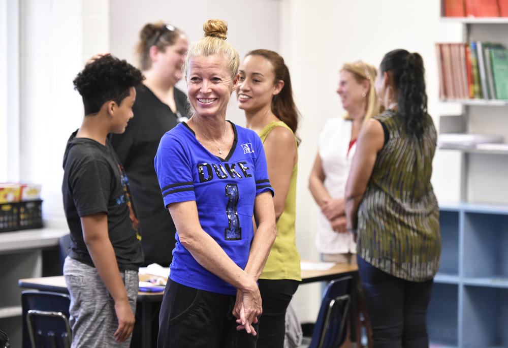 """Amy Haag, center, was among the parents who attended a recent """"Reading and Math Strategies"""" workshop at Alta Vista Elementary School. PHOTOS/THOMAS BENDER"""