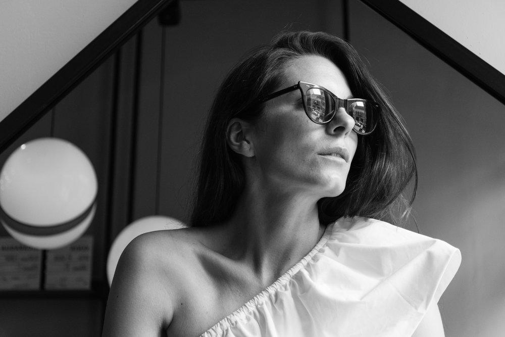 Lavinia Cernau for Irina Schrotter-2047.jpg