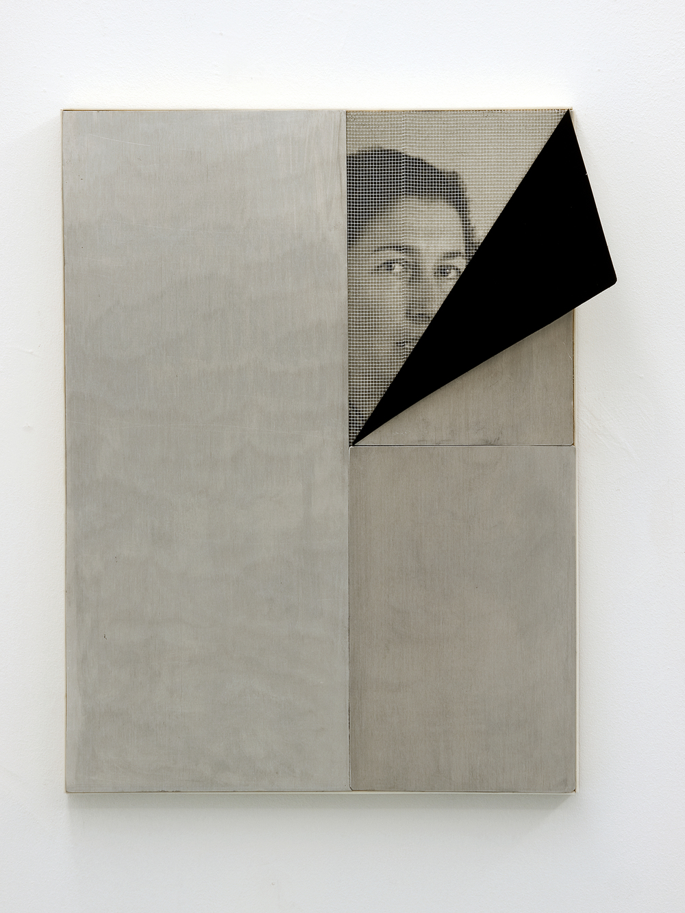 Pablo Jansana © 2012 ,  Fall and fold, Untitled #13 (Gisele Freund) . Epson Ultrachrome Pro 4880, resin,  aluminium, enamel, fiberglass, plexiglass, MDF. 60.5 x 45 x 15.5 cm. Courtesy of the artist.